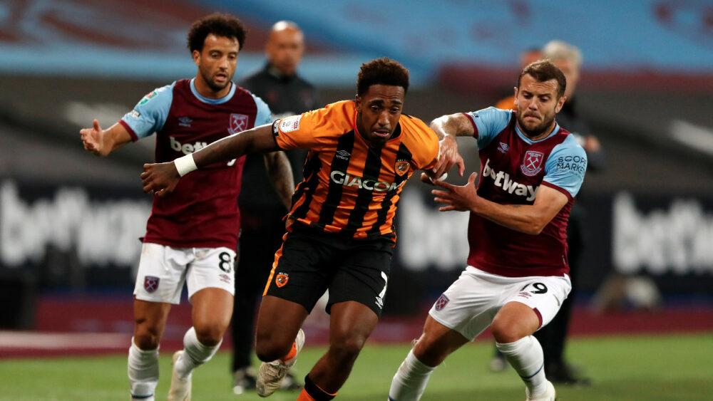 West Ham anunciou três casos positivos de Covid-19, enquanto o time estava em campo enfrentando o Hull City