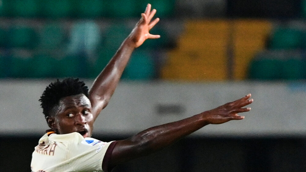Serie A decreta derrota da Roma para o Verona por 3 a 0, após escalação irregular de Diawara