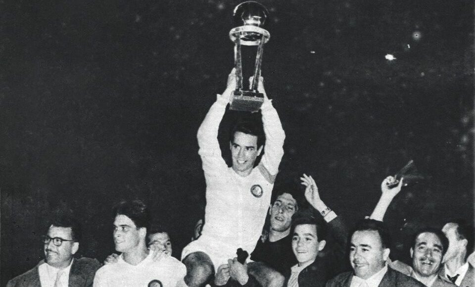 Há 60 anos, o Real Madrid destroçava o Peñarol e celebrava o primeiro título da Copa Intercontinental